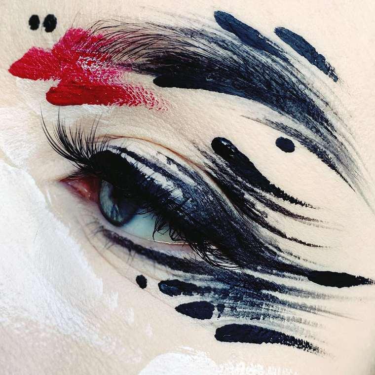 Abstract Splashes - The creative make-ups of artist Ida Ekman