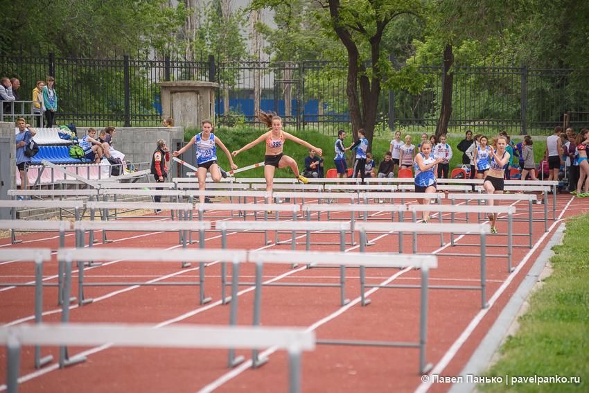 спорт бег с барьерами