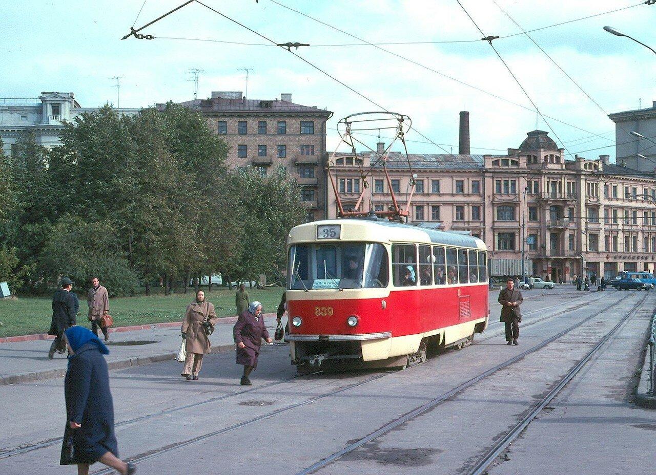 Ленинская площадь