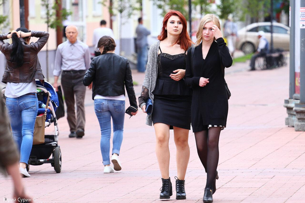 Фото женщин с улиц города
