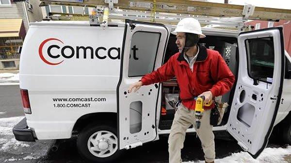 4. Сотрудник компании Comcast прибыл по вызову клиента Брайана Финкельштейна из Вашингтона, округ Ко