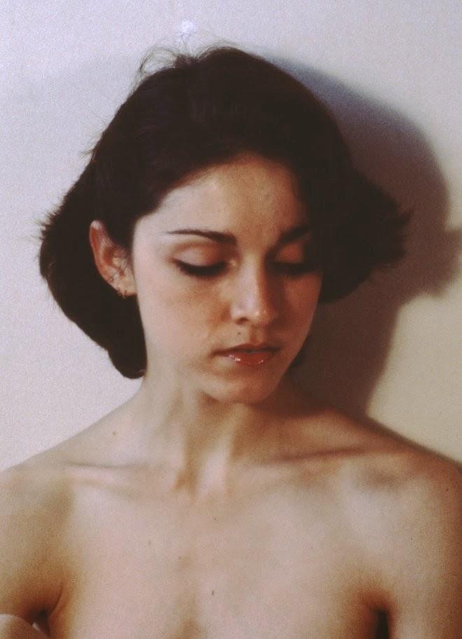 Неизвестные кадры из откровенной фотосессии 18-летней Мадонны