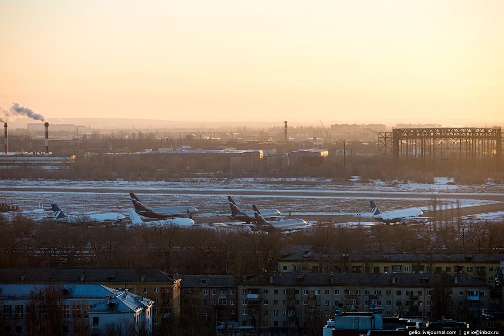 Стоянка воздушных судов гражданской авиации.