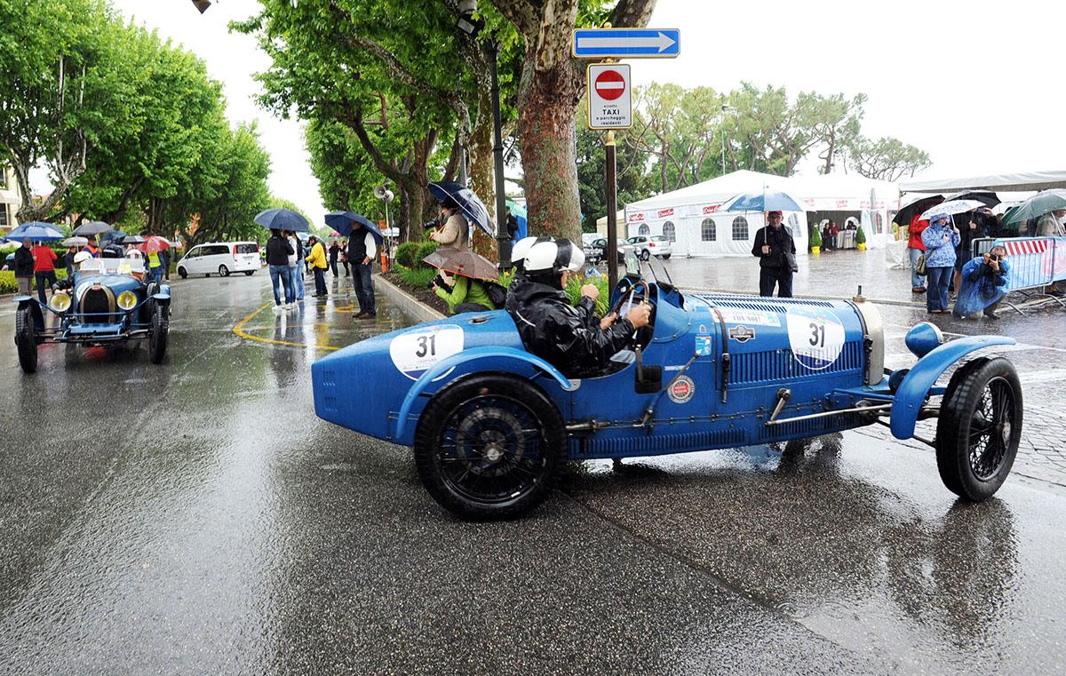 5. Mille Miglia всегда пользовалась популярностью у итальянских гонщиков и производителей, но тем не