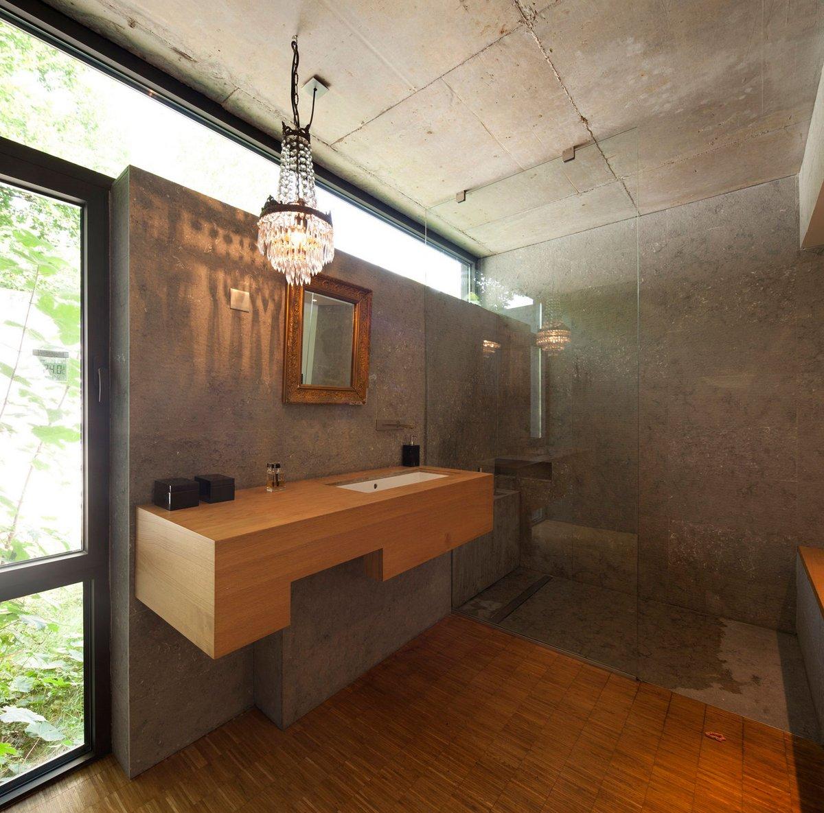 душ в частном доме во Франции