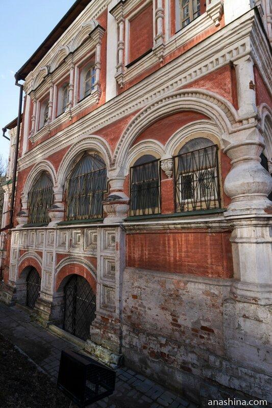 Восточный фасад, палаты Аверкия Кириллова, Москва