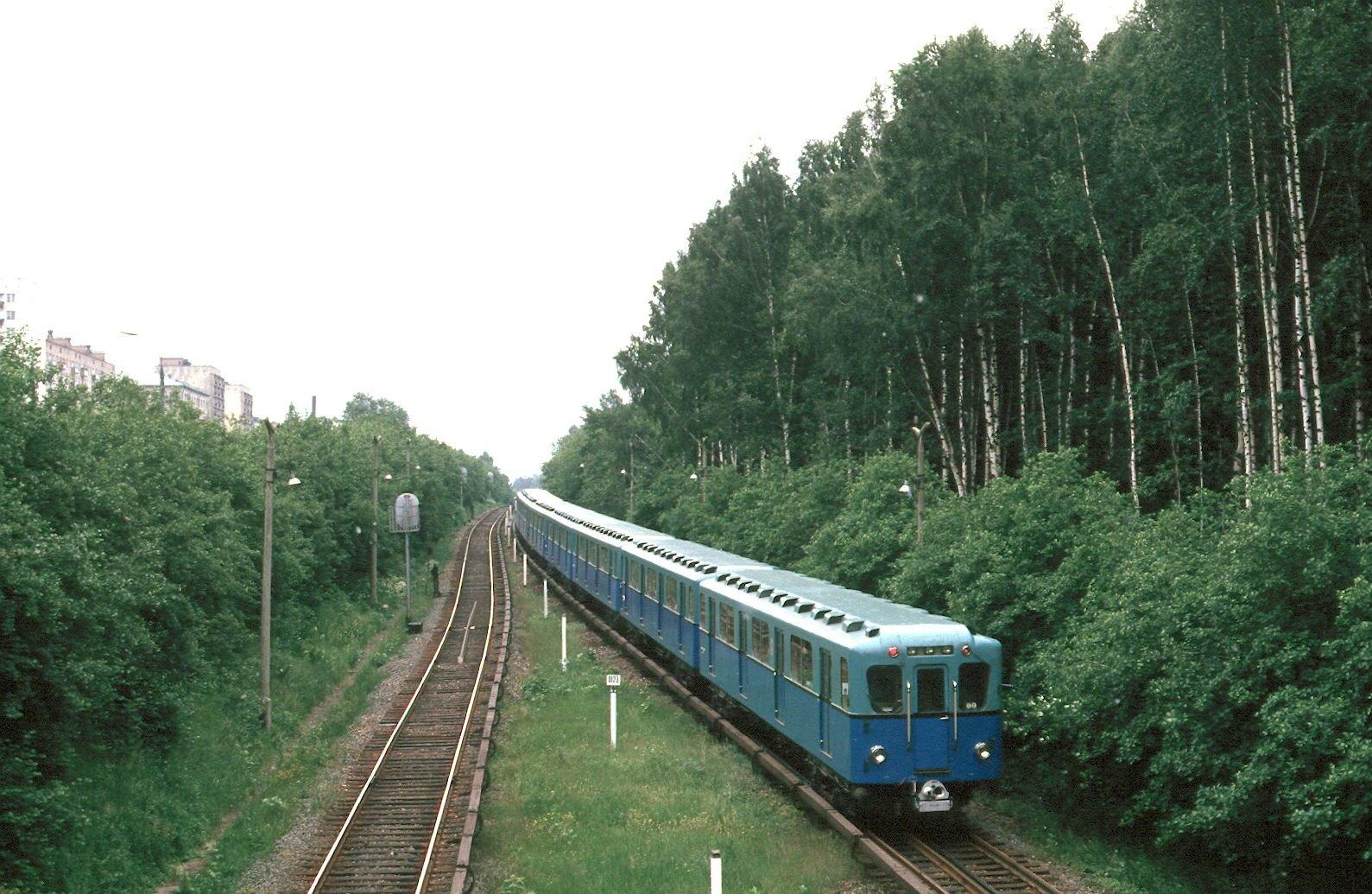 1985. Москва. Перегон у станции метро Измайловская