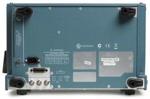 Цифровой осциллограф DPO7054C - вид сзади