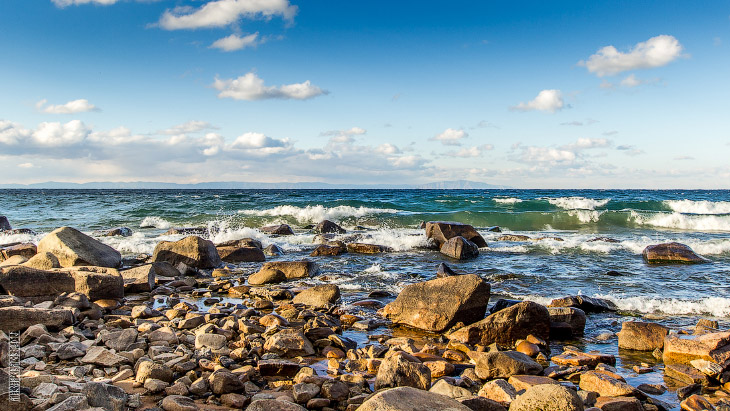 2. Река Турка, буквально пяток километров от Байкала.