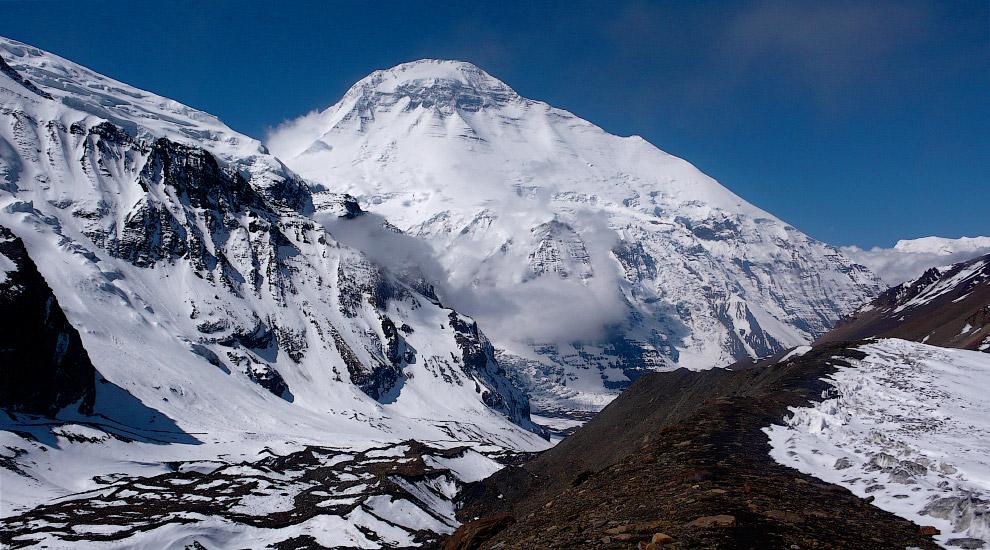 № 6. Чо-Ойю (Гималаи) — 8201 метров Чо-Ойю — шестая по высоте горная вершина в мире. Высота Чо-