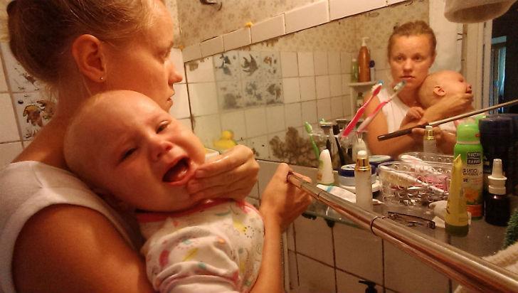 Василиса очень опрятна, она обожает умываться после ужина. Домашние обязанности никто не отменял. Ва