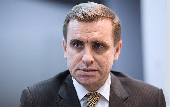 АП: Киев ждет активных знаков отВашингтона поповоду Минских договоров