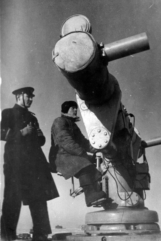 Дальномерный пост бронепоезда №9. Стенка Каботажной гавани.