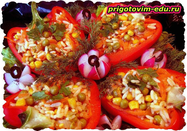 Перчики фаршированные с овощами и рисом