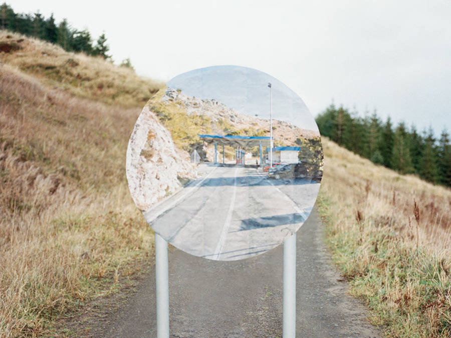 Road Signs Filled by Google Street View Images