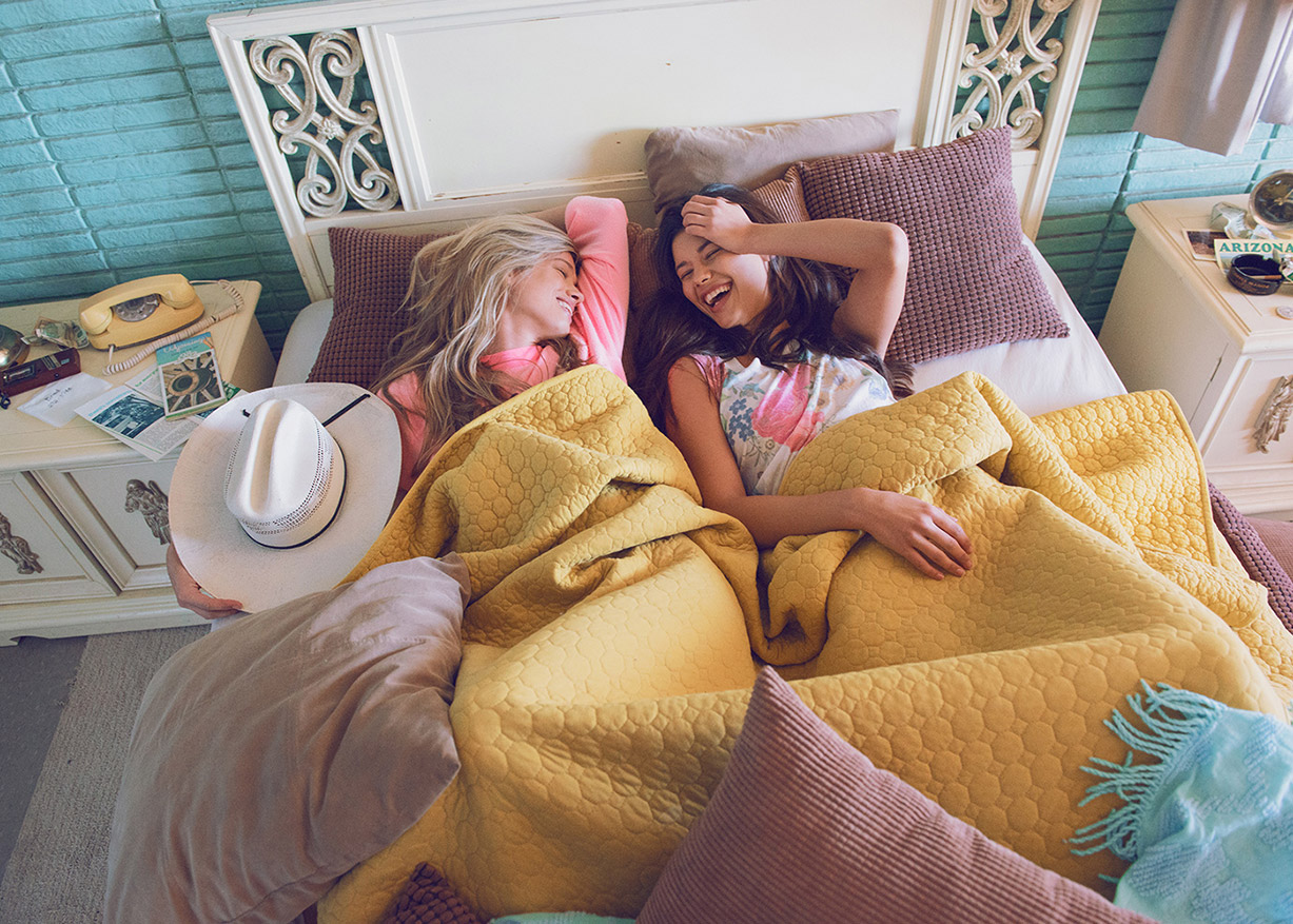 Maggie Rawlins and Tiffany Keller for Wildfox summer 2016 - Motel Dreamers