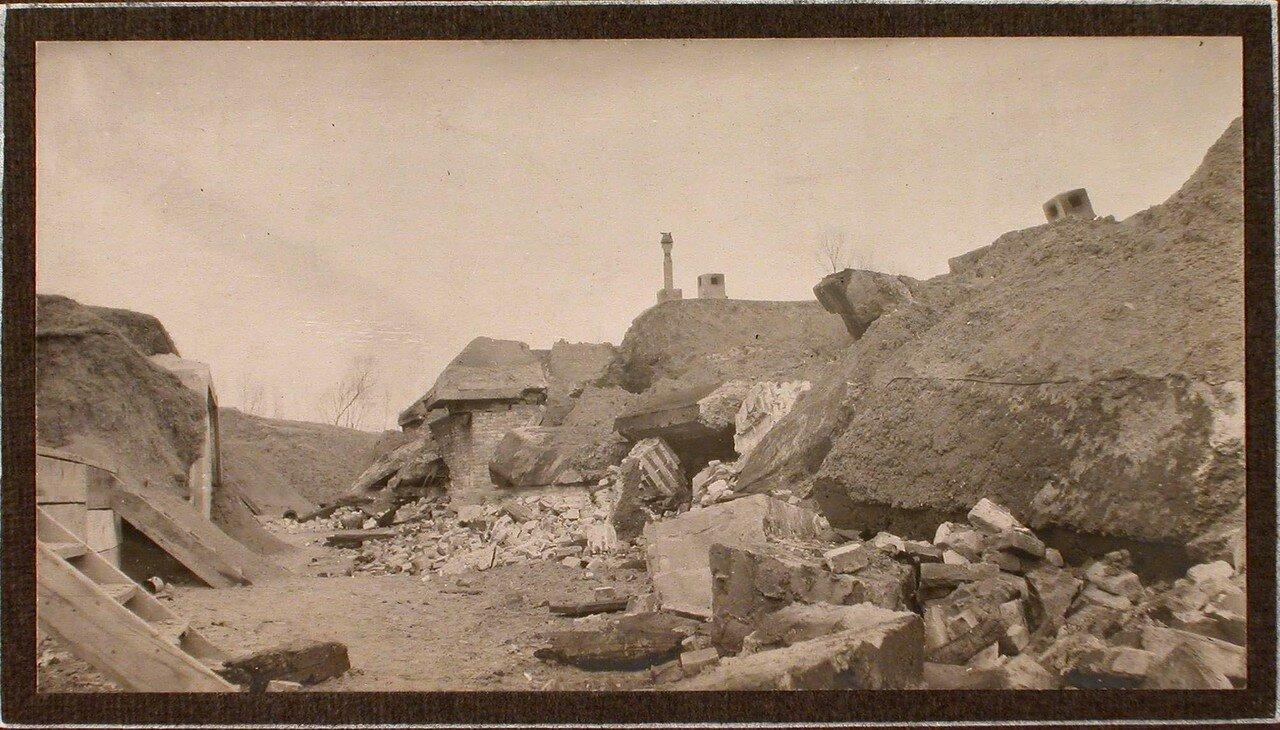 25. Вид разрушенного форта Гурко