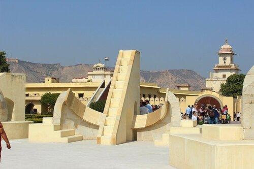 Индия. Джайпур. Обсерватория Джанхар Манхар