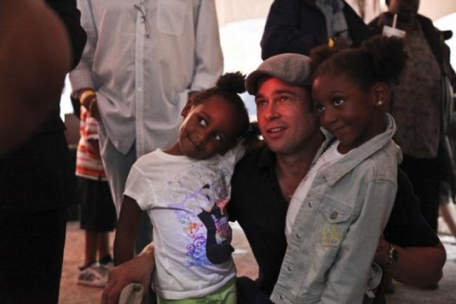 Несколько лет назад знаменитый актер основал благотворительный фонд «Make ItRight» для помощи жител