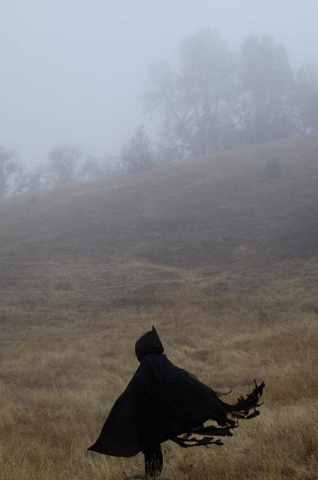 В одиночестве.  Вдохновением для работа Даниэля Васкеса служит также старый фильм «Носферату.