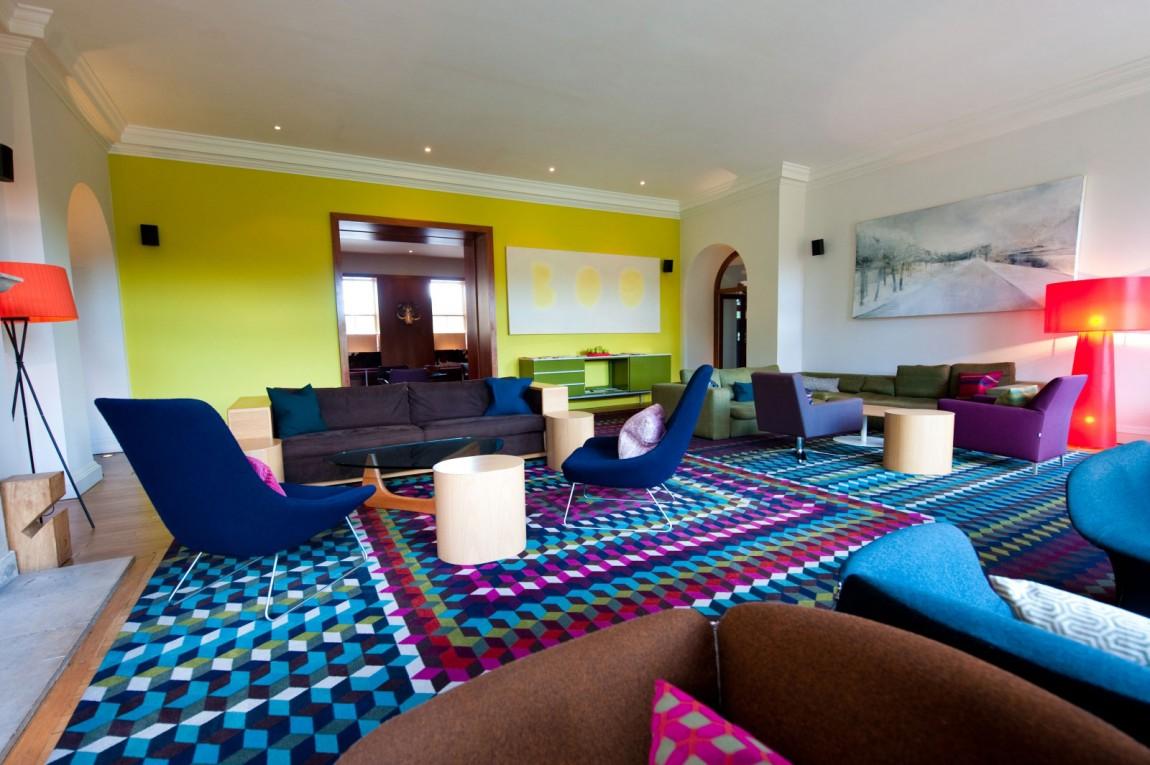 Отель Cowley Manor