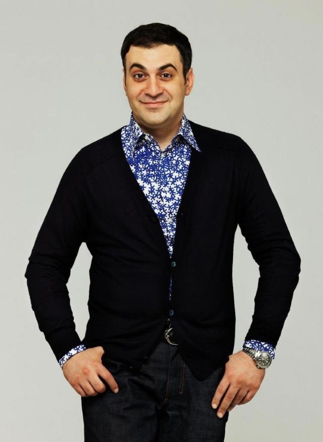 3. Гарик Мартиросян — невропатолог-психотерапевт