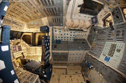 космический корабль внутри