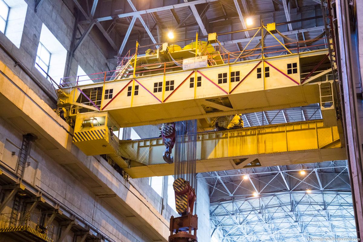 Монтаж рабочего колеса гидроагрегата №7 на Жигулёвской ГЭС 0_11234a_1428e240_orig