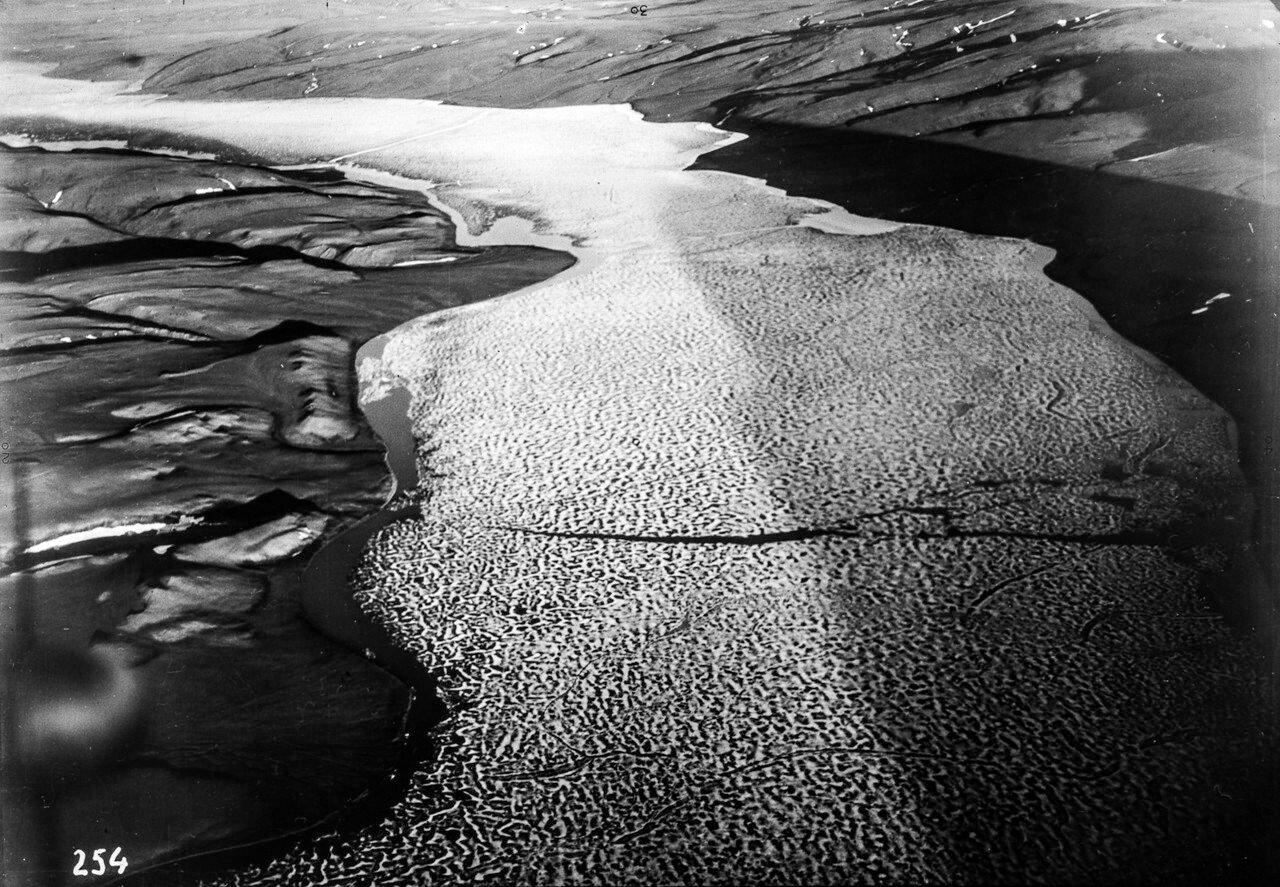 1931. Таймыр. Обзор местности к западу от озера Таймыр