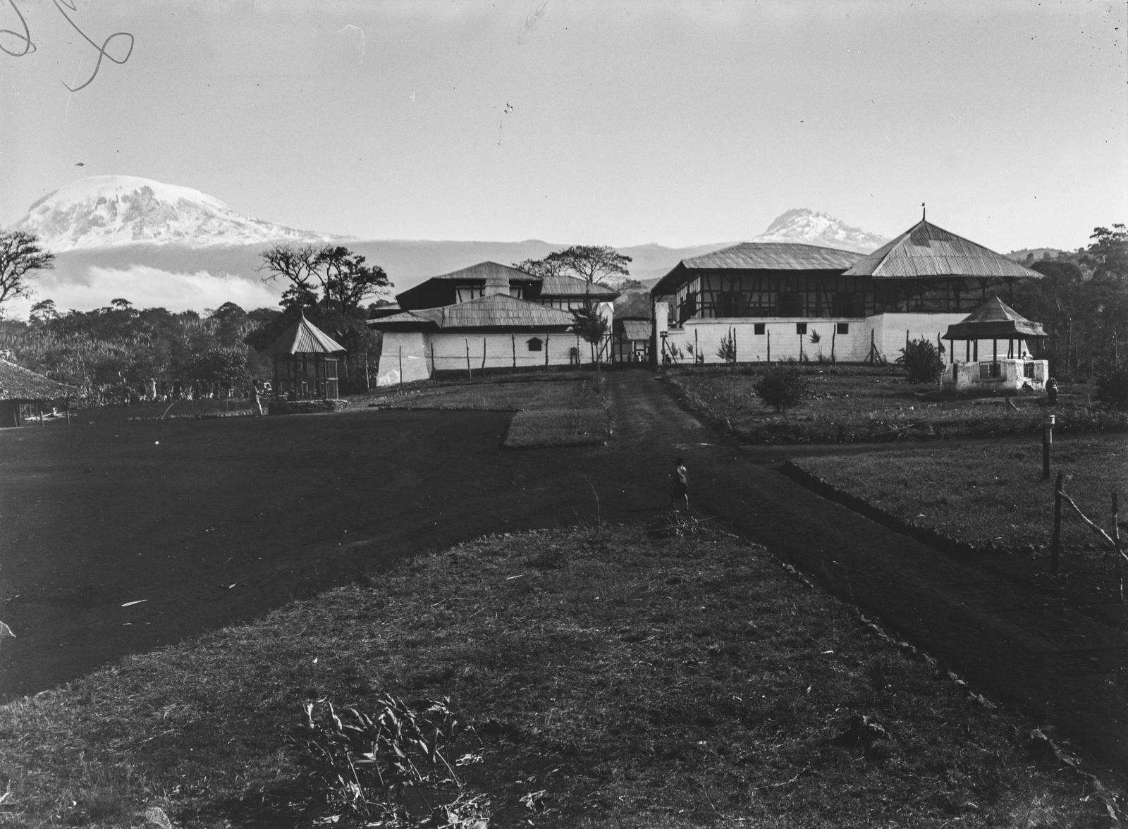 284. Станция немецкого общества Восточной Африки (ДОАГ)  в Моши