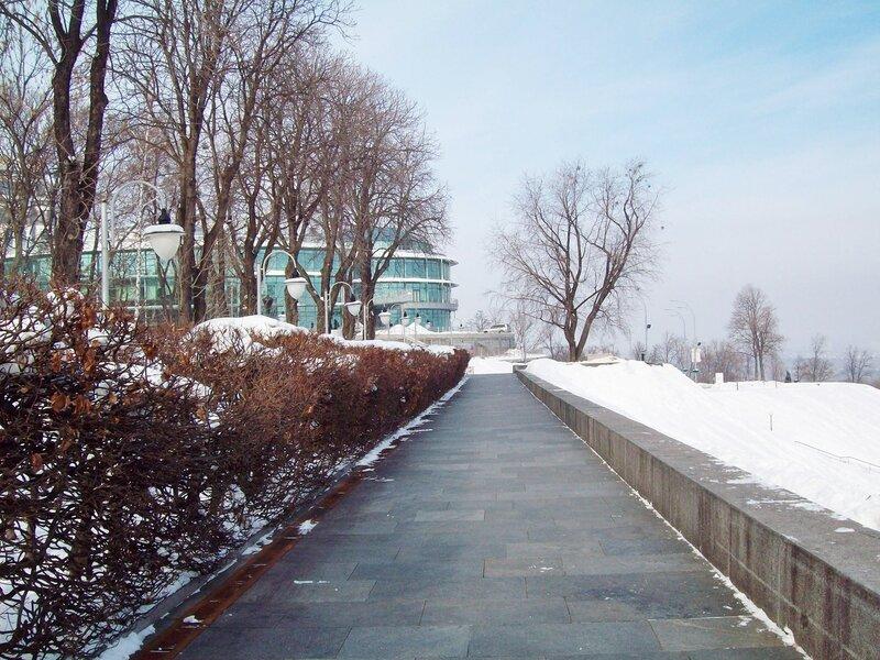 Обзорная аллея парка Славы зимой
