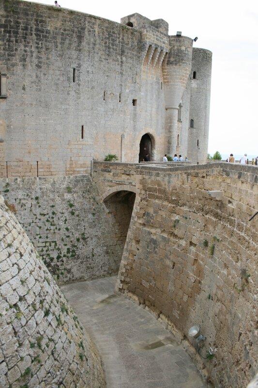 Мальорка, замок Бельвер