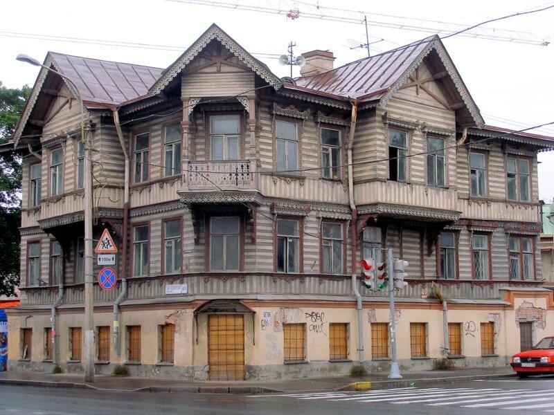 Дом в Петергофе