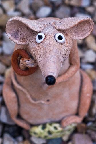 глинка арт. мыша керамическая. грустная-прегрустная.