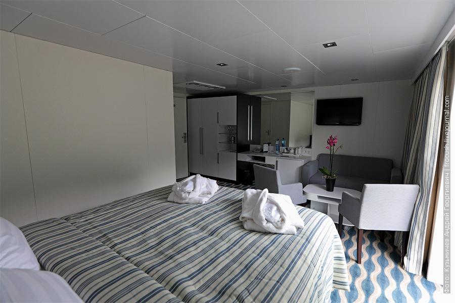 Двухместный люкс №302 на палубе «Нева». теплоход «Александр Грин»