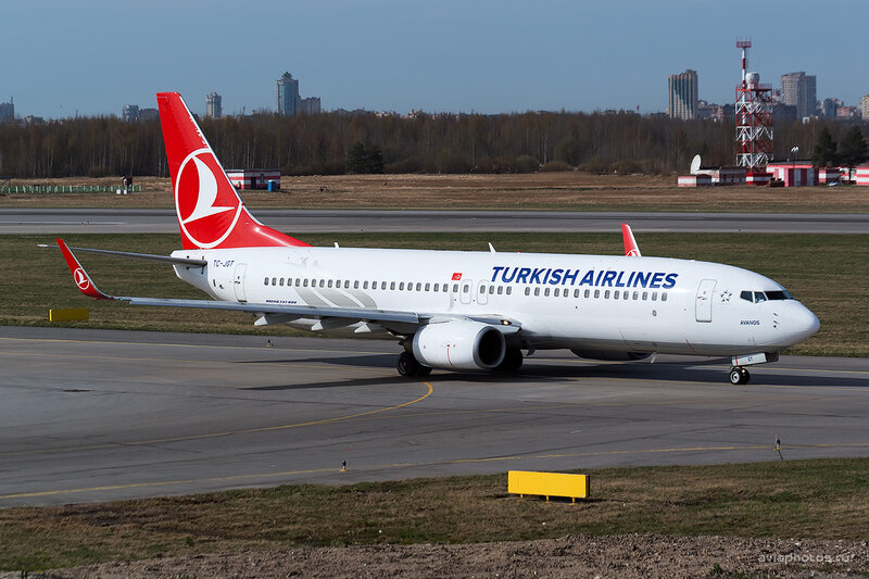 Boeing 737-8F2 (TC-JGT) Turkish Airlines D804259e