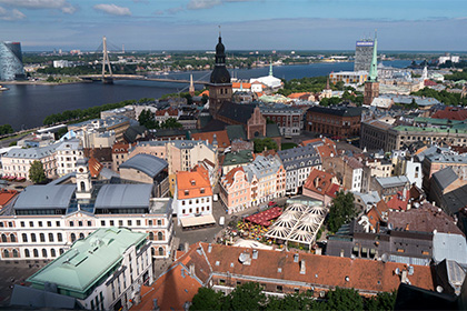 В Латвии хотят запретить давать вид на жительство за приобретение недвижимости