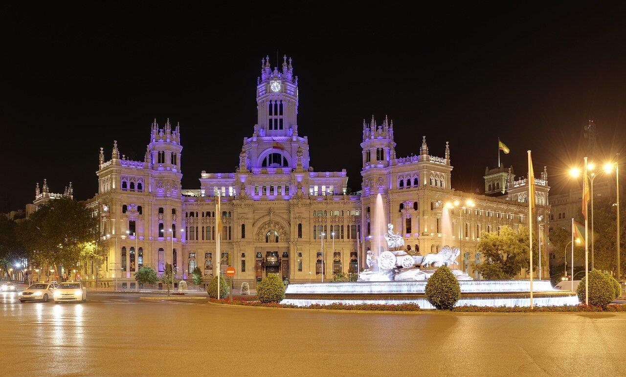 Мадрид. Площадь Кибелы (Plaza de Cibeles) и Дворец связи (Palacio de Comunicaciones)
