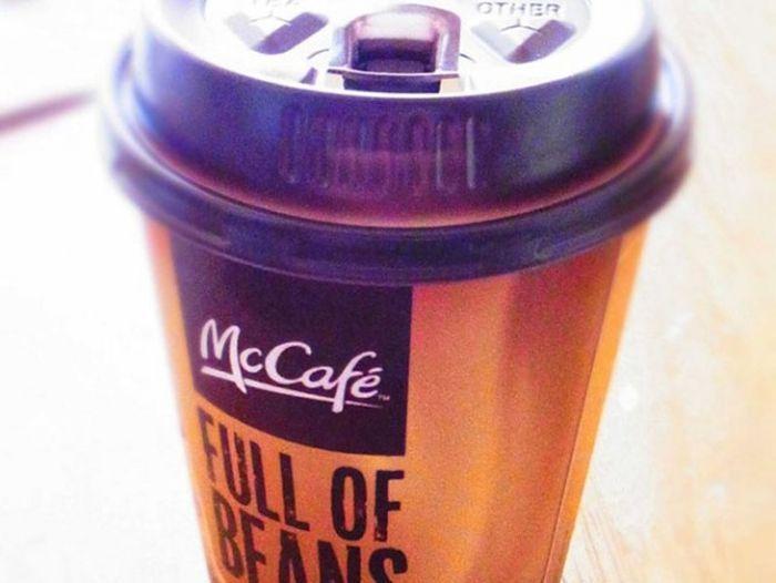 В современном ресторане Макдоналдс на доллар можно приобрести разве что маленький стаканчик кофе