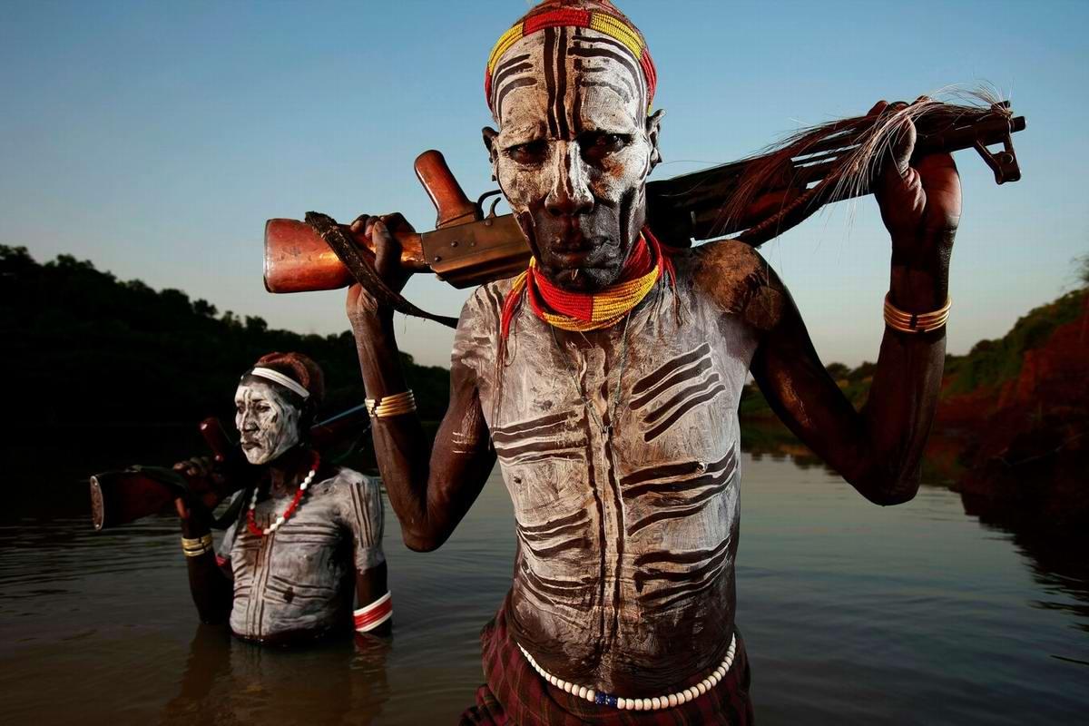 Дикари с автоматами на снимках фотографа из ЮАР Brent Stirton (2)