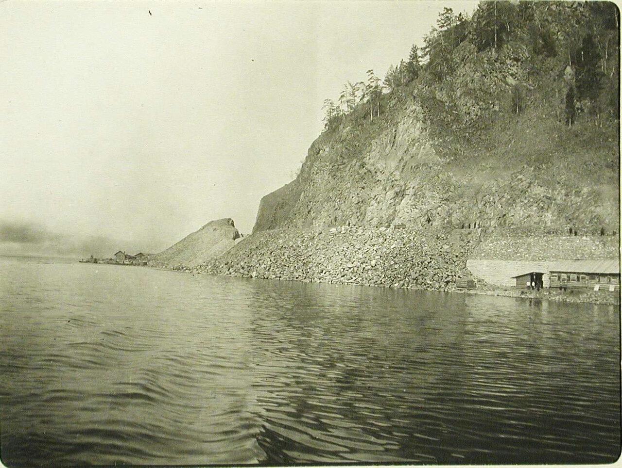 72. Вид озера вблизи станции. Забайкальская обл. Шарыжалгай