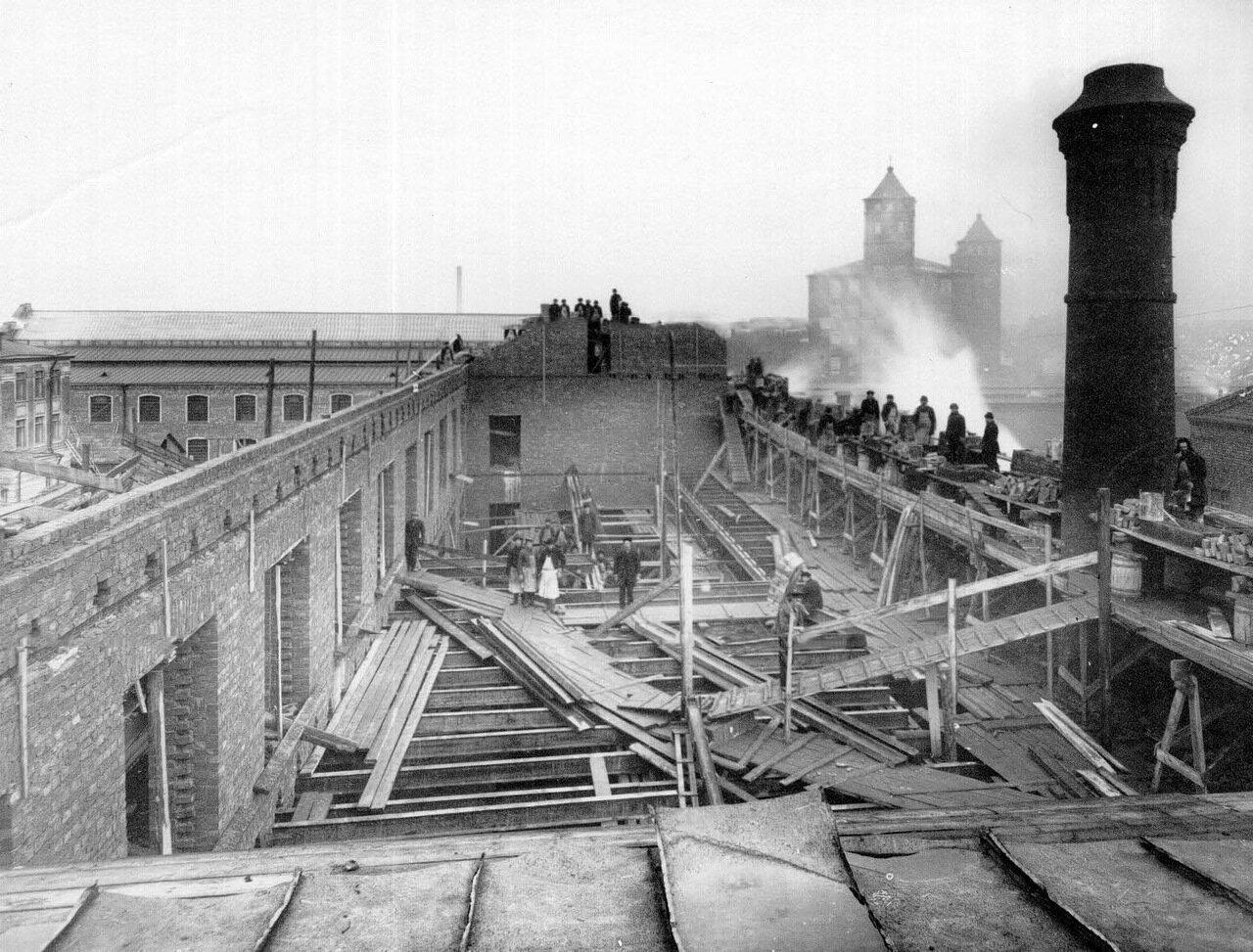 02.Внешний вид строящегося завода. 1914