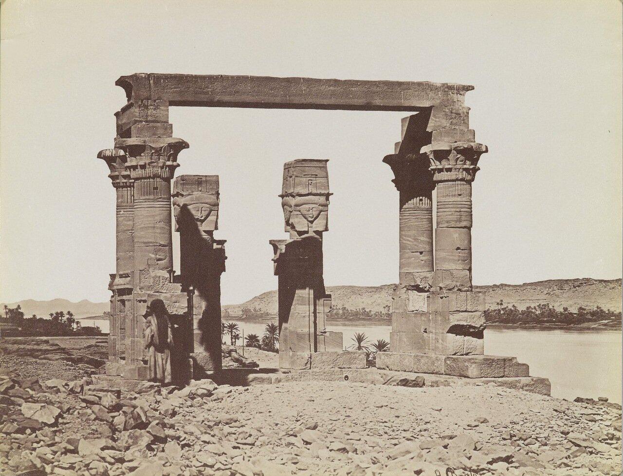 Павильон Кертаси (Вид с юга)