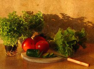 С петрушкой и салатом в горшочках