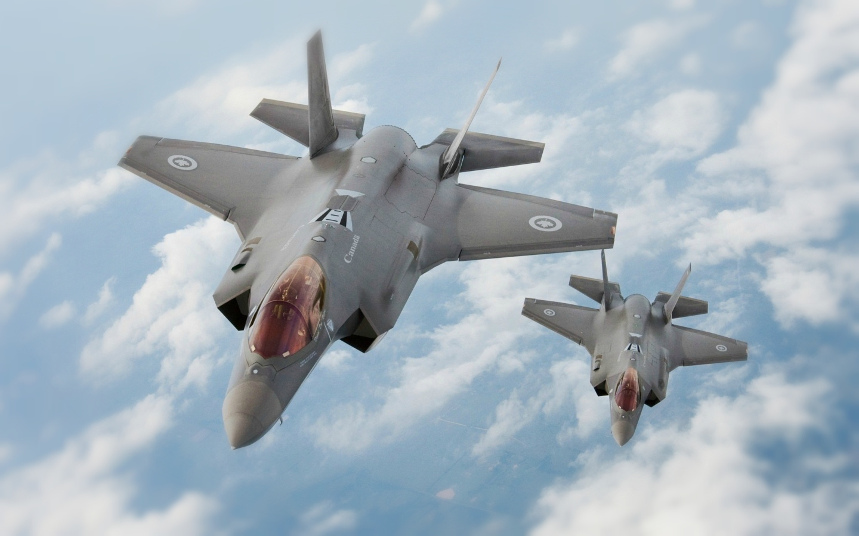 Молния F-35