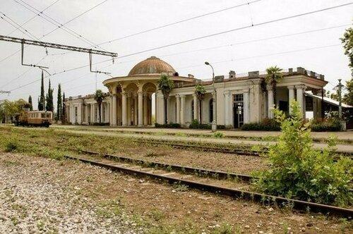 Самая красивая заброшенная железнодорожная станция