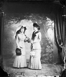 1880. Елизавета и Мария Анна Саксен-Альтенбургские