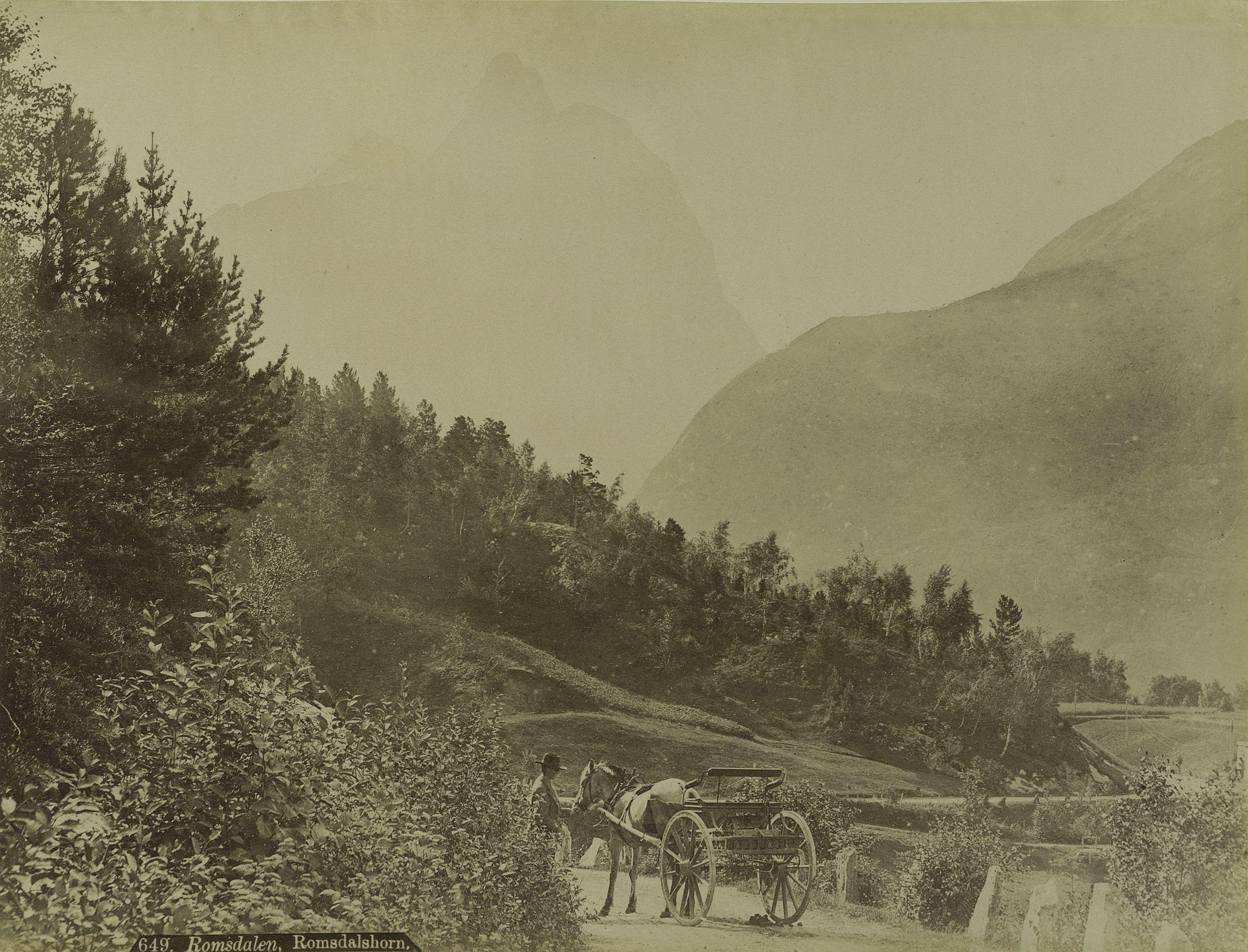 Норвегия. Мёре-ог-Ромсдал, гора  Ромсдальхорн
