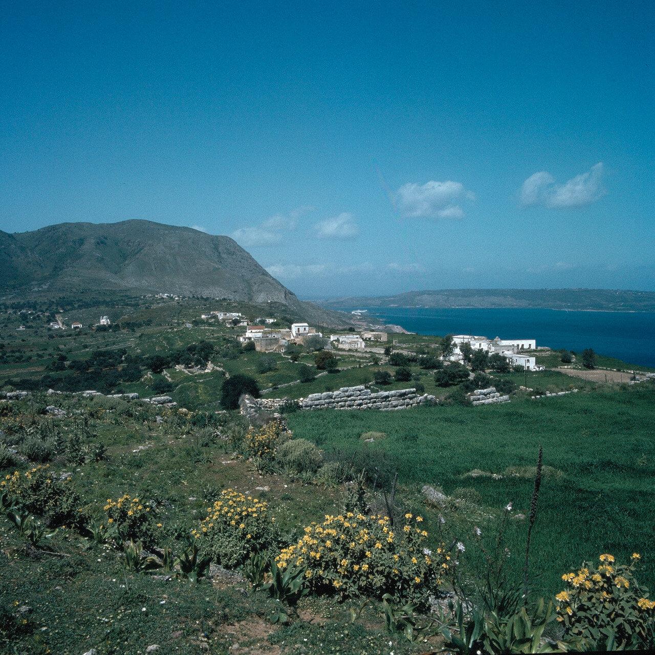 Крит. Аптера. Древний город-крепость Аптера над заливом Суда