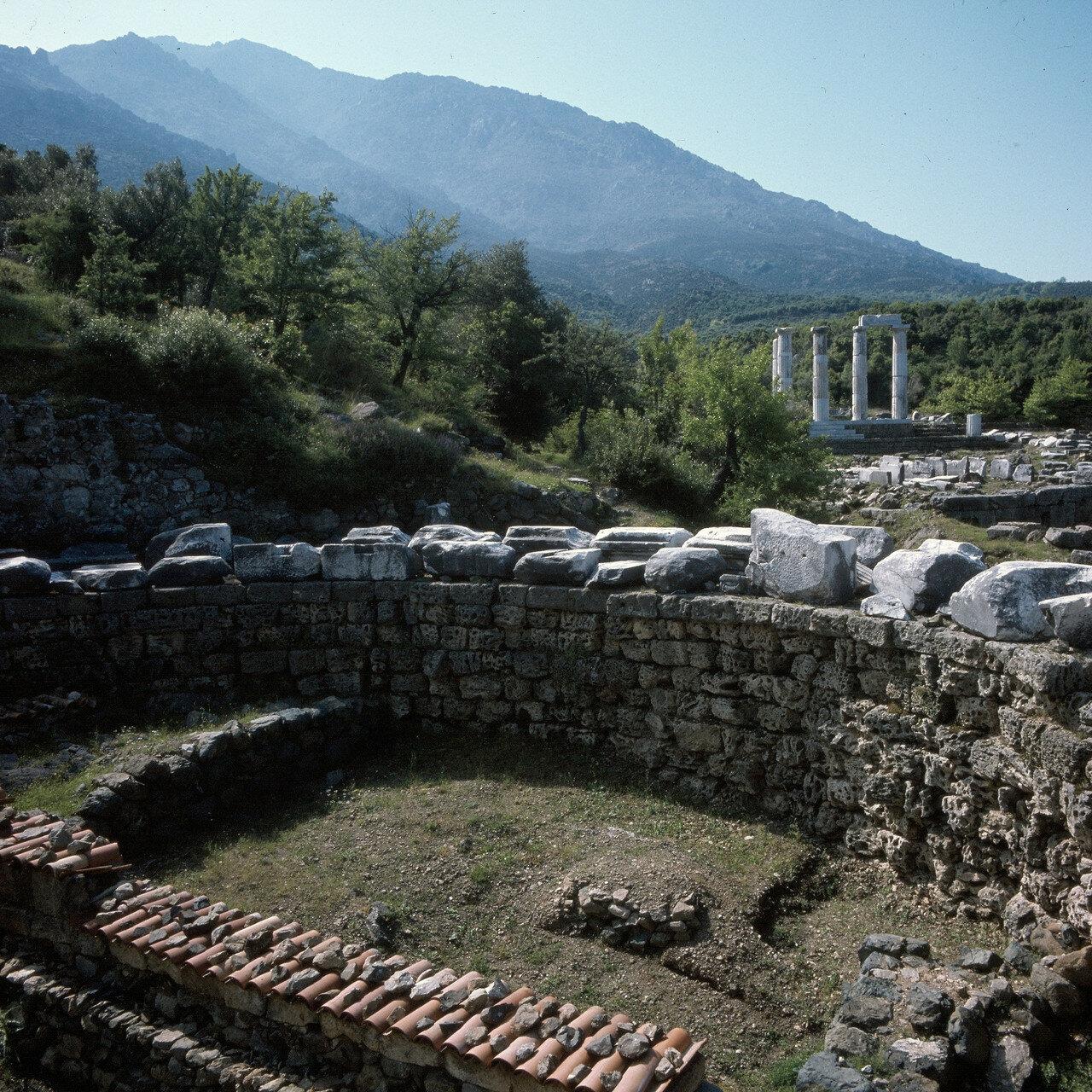Самофракия. Гиерон. «Святилище великих богов». Дорический пронаос, 150-125 гг. до н.э.